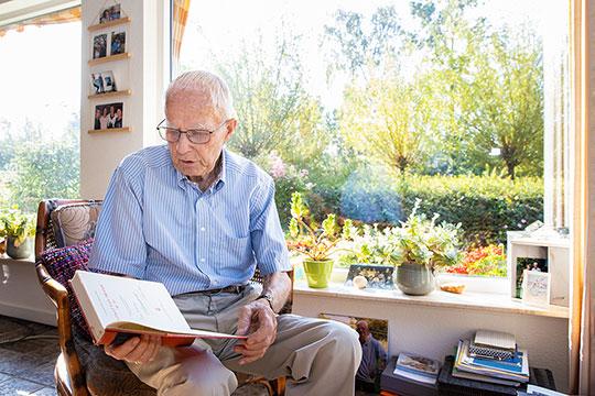 Vragen over ouderenzorg worden persoonlijk behandeld bij Saar aan Huis