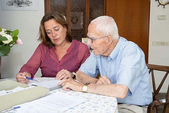 Als ouderen PGB aanvragen valt belasting in box 3